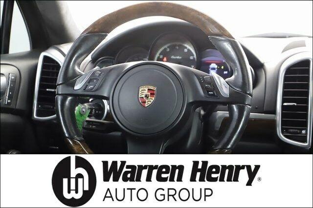 2011 PorscheCayenneTurbo