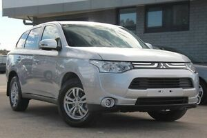2015 Mitsubishi Outlander ZJ MY14.5 ES 4WD Silver 6 Speed Constant Variable Wagon Hillcrest Port Adelaide Area Preview
