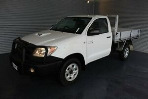 2007 Toyota Hilux KUN26R MY07 SR White 5 Speed Manual Cab Chassis Parramatta Park Cairns City Preview