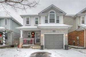 Beautiful Open Concept Family Home in Hespeler