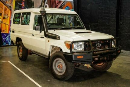 2010 Toyota Landcruiser VDJ78R MY10 Workmate Troopcarrier White 5 Speed Manual Wagon