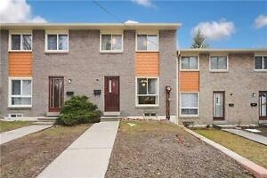 Spacious condoTown in high demand schools north york from 499K