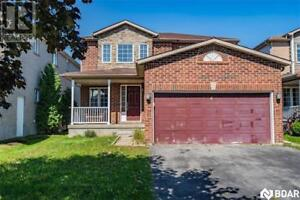 4 GOLDS Crescent Barrie, Ontario