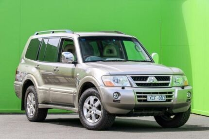 2006 Mitsubishi Pajero NP MY06 Exceed Gold 5 Speed Sports Automatic Wagon