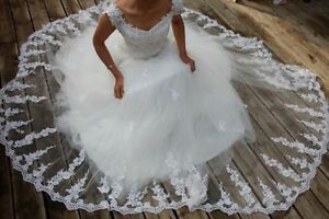 Wedding dress Kitchener / Waterloo Kitchener Area image 1