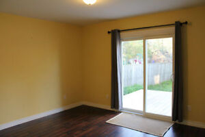 Clean, bright and spacious, and just minutes walk to everything! Kitchener / Waterloo Kitchener Area image 10