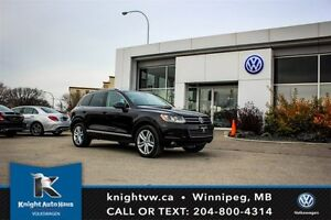 2011 Volkswagen Touareg Execline AWD w/ Leather/Sunroof