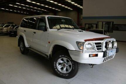 2004 Nissan Patrol GU IV ST-L (4x4) White 5 Speed Manual Wagon