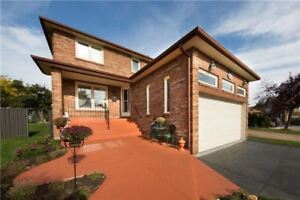 Beautiful 4 + 1 Bed Detached Home In Creditview!
