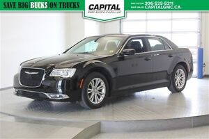 2015 Chrysler 300 Touring *Heated Leather Seats-Back Up Camera-S