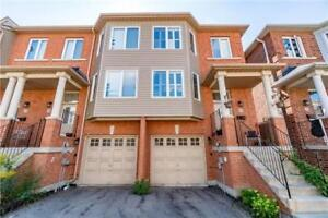 Modern 3BR Condo Townhouse In The East Credit Area Mississauga