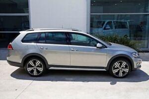 2018 Volkswagen Golf 7.5 MY18 Alltrack DSG 4MOTION 132TSI Premium Silver 6 Speed