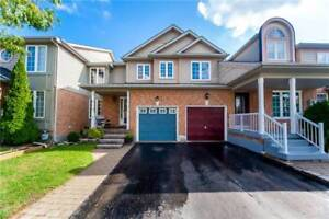 Beautifully Maintained Freehold Townhouse In Desirable Location
