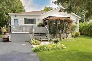 DETACHED HOME 3-BEDROOMS!