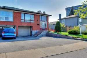 3+2 Bedroom Mississauga Home with Sep Entrance for Basement Unit