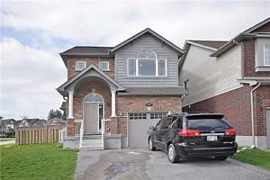 Detached Immaculate 4 Bedroom Corner house in Kitchener