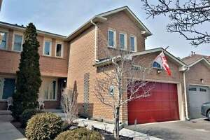 Lovely Bright Spacious Freehold 4 Bed, 3 Bath