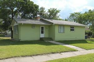 Upgraded 2bed/2bath bungalow in Wilcox SK!