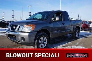 2013 Nissan Titan 4X4 KINGCAB SV Back-up Cam,  Bluetooth,  A/C,
