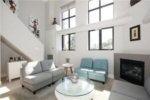 ~~Uber Chic Renovated Penthouse Loft In New York Style~~