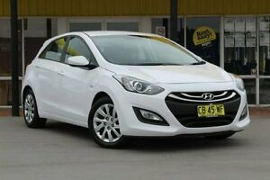 2014 Hyundai i30 GD2 Active White 6 Speed Sports Automatic Hatchback Telarah Maitland Area Preview