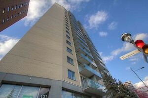 3 1/2 à louer au 135 rue Sherbrooke Est, Montréal