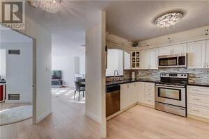 Stunning Upscale Renovation,2Br,2Wr,120 PROMENADE Circle,Vaughan