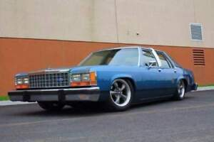 Ford ltd crown victoria 87