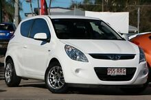 2011 Hyundai i20 PB MY11 Active White 5 Speed Manual Hatchback Kippa-ring Redcliffe Area Preview