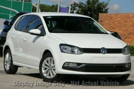 2017 Volkswagen Polo 6R MY17 81 TSI Comfortline Pure White 6 Speed Manual Hatchback