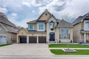 Luxurious Immaculate 4Bdrm Detached Home in Stouffville