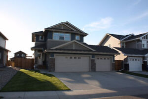 *REDUCED* Rosewood 2 Storey, Triple Attached Garage