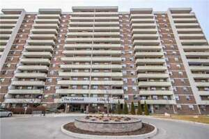 3 Bdrm Corner Unit Is Completely Renovated