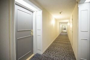 Great opportunity to own Condo at Hillcrest ave mississauga