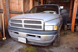 2001 Dodge 1500 Pickup Truck. FOR SALE $7,000.00 or OBO