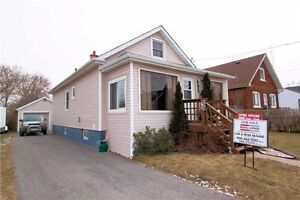 Immaculate 3 Bedroom 11/2 Storey Det Home for Rent In Oshawa