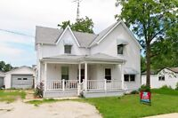 Spacious 3 bed 1 home with fenced in yard & lots of potential!