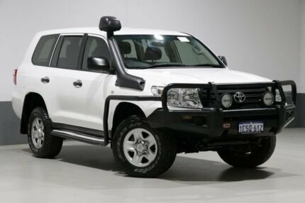 2015 Toyota Landcruiser VDJ200R MY13 GX (4x4) White 6 Speed Automatic Wagon Bentley Canning Area Preview