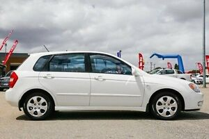 2006 Kia Cerato LD White 4 Speed Automatic Hatchback Maddington Gosnells Area Preview
