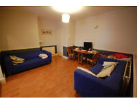 Offered to let furnished, this first floor, 2 bedroom, purpose built flat just off Chiswick High Rd
