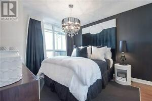 Luxury 2 Bd/2 Bath Condo Rental! Yonge/Eglinton! Parking Incl!