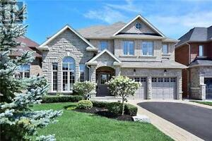 787 Valley Green Tr Newmarket Ontario Beautiful House for sale!