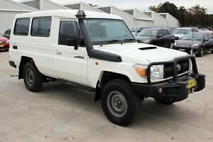 2012 Toyota Landcruiser VDJ78R MY10 Workmate Troopcarrier White 5 Speed Manual Wagon Maryville Newcastle Area Preview
