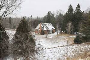 BEAUTIFUL HOUSE WITH BASEMENT APARTMENT ON 6 ACRES