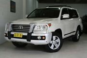 2013 Toyota Landcruiser VDJ200R MY13 Sahara White 6 Speed Sports Automatic Wagon Castle Hill The Hills District Preview