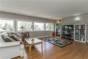 Beautiful 4+1Bed/3bath 2000sqft LAKEVIEW Upper Unit South Barrie