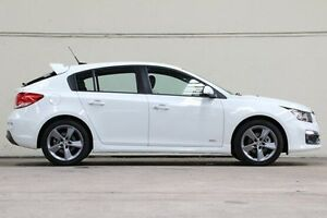 2016 Holden Cruze White Manual Hatchback Vermont Whitehorse Area Preview