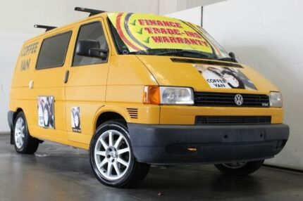 2004 Volkswagen Transporter T5 (SWB) Yellow 5 Speed Manual Van Underwood Logan Area Preview
