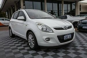 2011 Hyundai i20 PB MY11 Premium White 5 Speed Manual Hatchback Alfred Cove Melville Area Preview