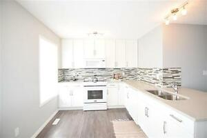 Chic and Modern, END Unit Townhouse w Great View! Edmonton Edmonton Area image 3